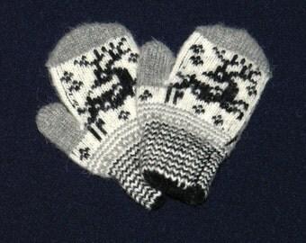 mittens, baby wool mittens,  wool gloves, Mittens from angora wool, warm Mittens , knitted Mittens , baby mittens