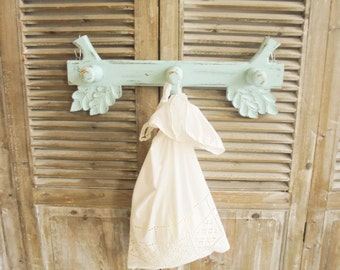 Hook rail Shabby Chic turquoise