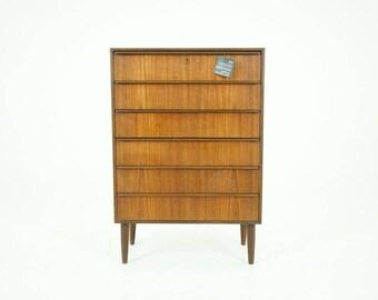 308-128 Danish Mid Century Modern Teak Dresser Chest of Drawers