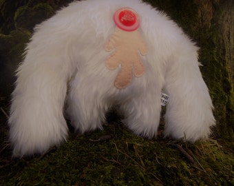 Plush monster kawaii cute soft toy Muji Mountain Cyclops Yeti 'Albino'