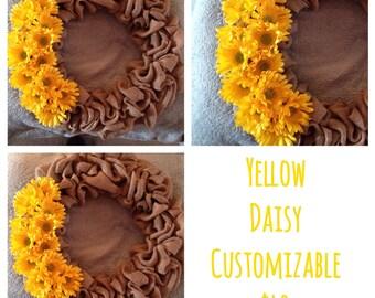 Yellow daisy customizable wreath