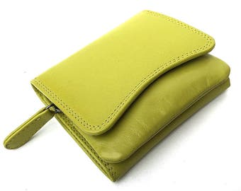 Small Italian Leather Purse In Lime 2316