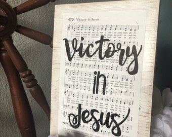 Victory in Jesus, hymn board,hymn art, white wash and distressed, farmhouse style, home decor, christian hymn