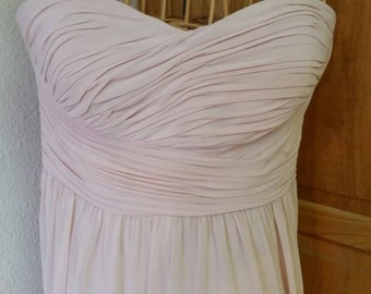 Strapless Sweetheart Neckline in Blush Chiffon. Above the knee, fully lined Exceptional quality