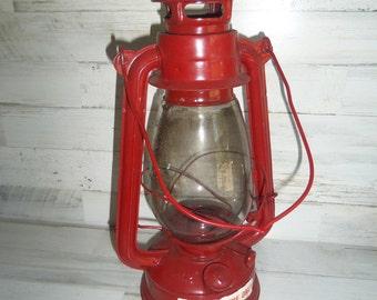 Red Lantern - Decorative Lantern - Kerosene Lantern