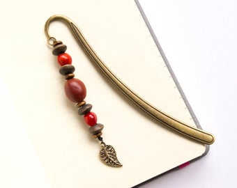 Metal bookmark with exotic seeds and leaf, tropical beads, Desk ornament, Beaded book mark, Gifts for reader, Office decor, Nature lover, UK
