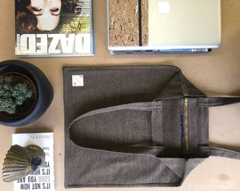 FAYEHINDLESTUDIOBrown tightly woven wool drill Tote bag