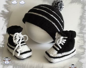 CAP and sneakers baby 0-3 months layette soft and comfortable, colors black/white wool