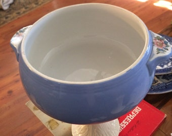 "Vintage Hall's Superior Quality Kitchenware Rose Parade 8"" Serving Bowl"