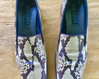 Genuine Snakeskin Vintage 1990s PREVATA brand Made In Italy Pumps Size 9AA With Original Box