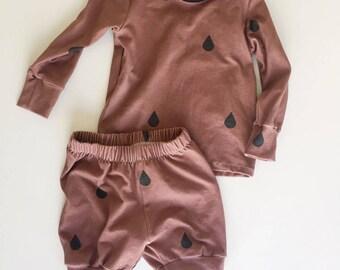 Raindrops on Clay / baby toddler sleep set / trendy pajamas / baby shower gift / cotton jammies