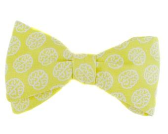 BOW TIE | yellow neuroscience | organic | mens | self-tie