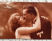 1920s Sepia Picture * French couple on postcard