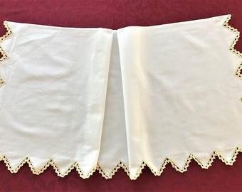 Dresser Scarf, Vintage White Linen Dresser Scarf Yellow Crochet Edge, Vintage Side Board Dresser Scarf, White Linen Dresser Scarf