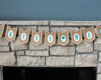 Kiss Me Banner / St. Patrick's Day Banner / Shamrock Banner / Kiss Me, I'm Irish