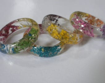 Flower Resin Ring!  Colorful dried Flower Resin Stacking Ring!  A trendy and pretty fashion accessory for her!  Eco Nature Resin Ring