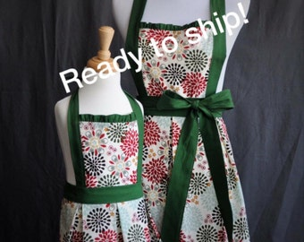 sweet and cute mommy and mefloral full kitchen apron set in rustic colors