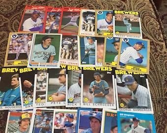 26 Milwaukee Brewers Baseball Cards 1980's
