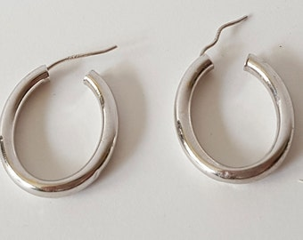 14k white gold hoop earrings, signed JCM, for pierced ears, oval hoops