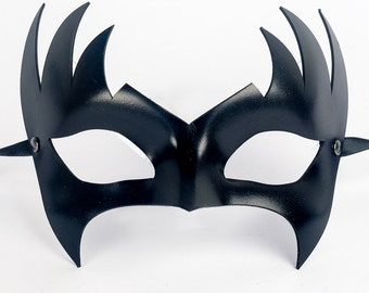 Fenice Leather Mask