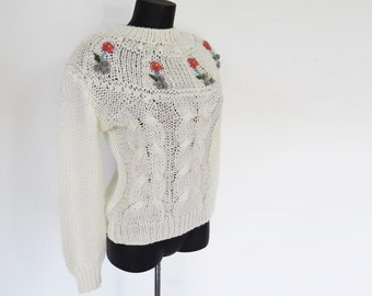 Vintage Sweater, Chunky Knit, White Jumper, Vintage Clothing, Sweater, Pinup, Girly, Festival Jumper, Floral Sweater