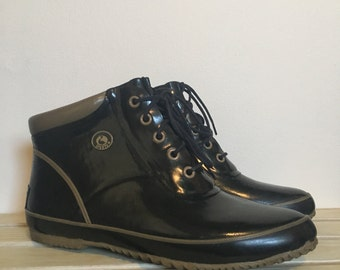 Vintage 80s Sporto Tan Black Thermolite Waterproof Rubber Ankle Rain Boots - Women's Size 8