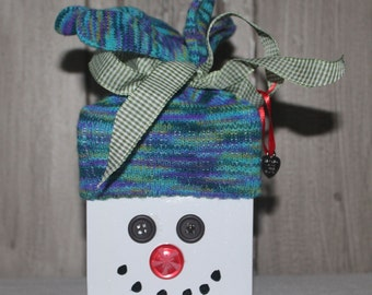 Wooden Snowman - Blue Multi Knit Hat with Green Checked Ribbon