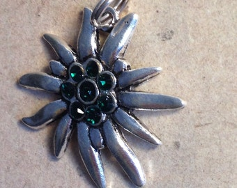 Necklace pendant Edelweiss green