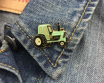 Vintage Tractor Pin (stock# 791)