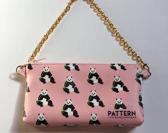 Pouch pocket with chain thetravellovebag love China