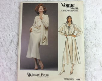 Vogue 1489 Sewing Pattern Misses' and Misses' Petite Jacket, Skirt and Blouse Dress Size 12 / American Designer / Joseph Picone / vintage