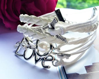 Love Leather Bracelet. Model: 0007