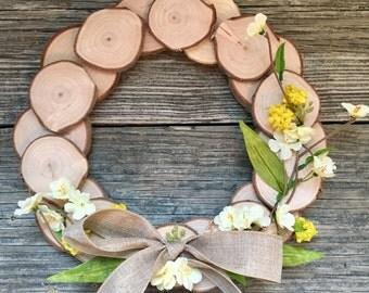 """11"""" Custom Wood Slice Wreath. Farmhouse Style (2 styles)"""