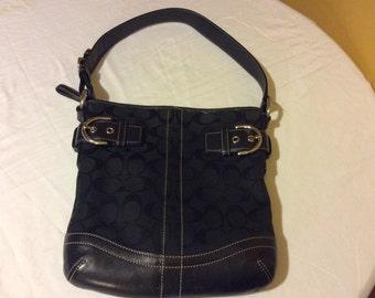 Authentic Coach Shoulder Bag Black Jacquard and Leather no J05M-3576