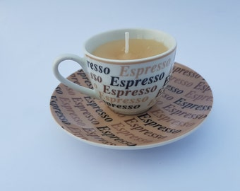 Vintage handmade candle - Espresso teacup - Caramel macchiato scented