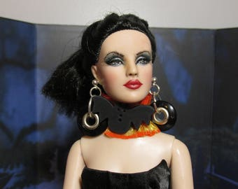 Handmade Doll Jewelry, Vampire Vixen, Cloth Choker with Earrings, Fits 16 inch Tonner Dolls and Vampire Dolls!