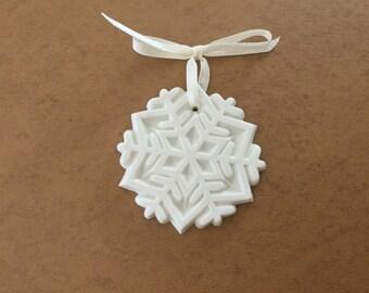 Vintage Margaret Furlong A WINTER JEWELL Snowflake NIB 1989