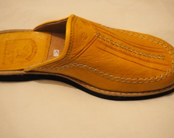 authentic Moroccan slippers made of Yellow leathe