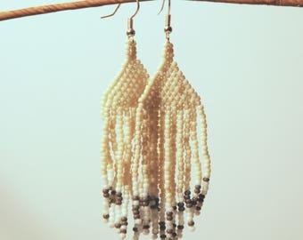 Beachy Cream Earrings