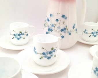 Set of 6 cups Veronica and his pitcher
