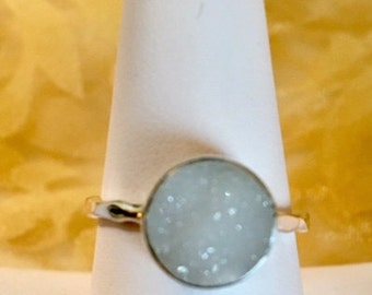USA-FREE SHIPPING!!  White Agate Sterling Silver Ring