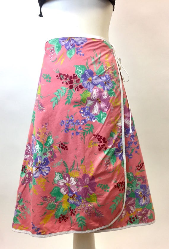 XS/S Vintage Pink Tropical/Solid Wrap Skirt VLV