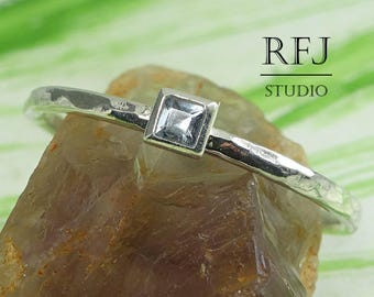 Square Synthetic Aquamarine Hammered Silver Ring, March Birthstone 2x2 mm Princess Cut Light Blue Stone Ring Square Setting Stackable Ring