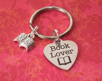 Book lover keychain-book lover gift, gift for book lover, gift for reader, teacher gift