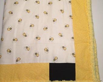 Yellow bumble bee blanket
