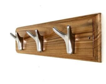 Wooden Hook Rack (Nickle Plated Hooks)