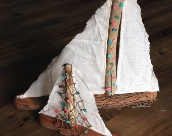Shell-sprinkled Driftwood Sailboat Set