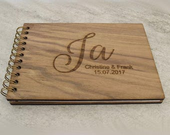 Guest book 'Yes' wood