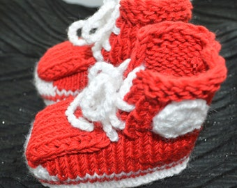 Crochet baby booties Red Baby Booties Stay On Booties Knitted Booties Crib Shoes Newborn Shoes New Baby Gift Crochet Newborn Infant Booties