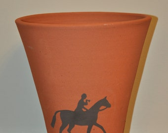 Vintage Style Terracotta Flower Pot - Hunting